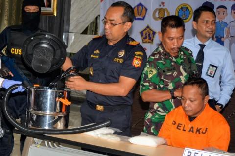 Petugas Gagalkan Penyelundupan Narkoba dalam Vacuum Cleaner