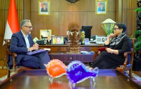 Indonesia-Inggris Tandatangani Kesepakatan Kayu Legal