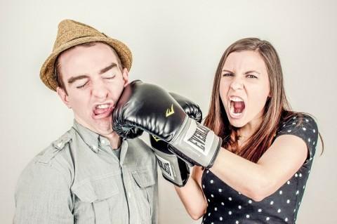 Enam Pertengkaran yang Mengindikasikan Hubungan Pernikahan akan Berakhir