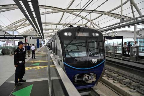 Operasional Komersial MRT Menunggu Pergub
