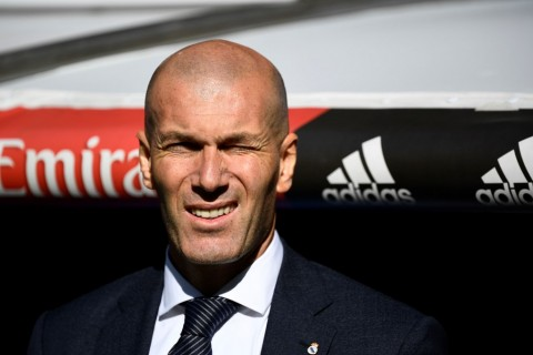 Zidane Kirim Kode Keras Terkait Pogba