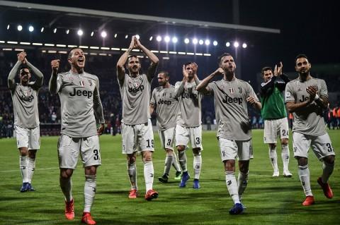 Juve Tundukkan Cagliari 2-0