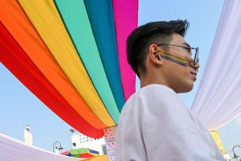 Brunei Sahkan UU Hukuman Mati untuk LGBT