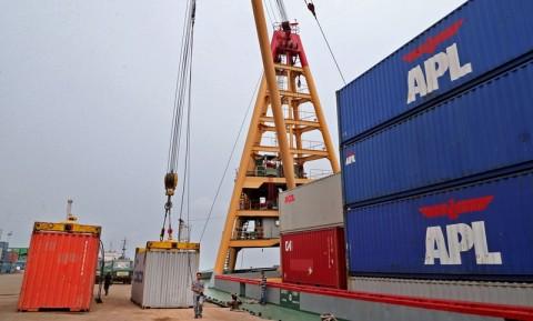 Pemerintah Perluas Kapasitas Pelabuhan Internasional Batuampar