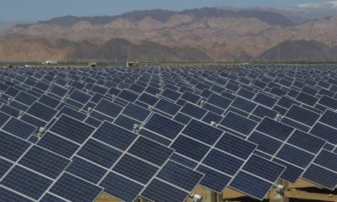 Pemerintah Tekan Rasio Elektrifikasi dengan Panel Surya