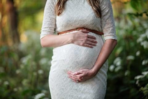 Mengenali Berbagai Masalah Gigi selama Kehamilan