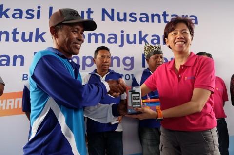 XL Kenalkan Aplikasi Laut Nusantara ke Nelayan Banyuwangi