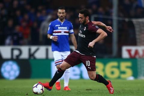 Calhanoglu Diragukan Tampil Lawan Juventus