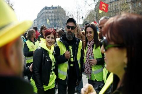 Rompi Kuning Belum Menyerah, Berdemo di Pekan ke-21
