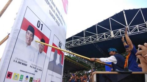 Surya Paloh 'Coblos' Jokowi-Ma'ruf di Bali