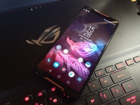 ASUS ROG Phone, Smartphone Gaming Terbaik