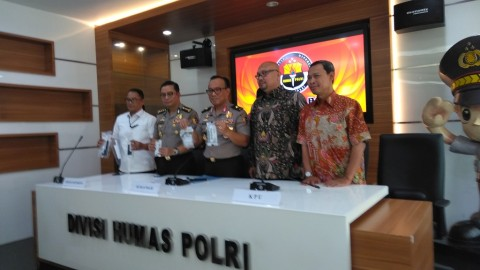 Satu Tersangka Hoaks Server KPU Bergelar Doktor