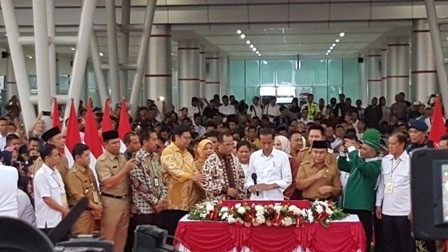 Jokowi Inaugurates Tjilik Riwut Airport's New Terminal