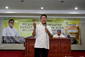 Misbakhun Dorong <i>Vlogger</i> Buat Konten Anti-hoaks