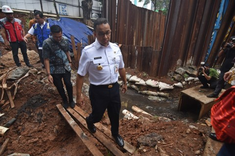 Anies Luruskan Tudingan LRT Penyebab Banjir