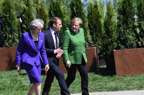 PM Inggris Temui Merkel dan Macron untuk Tunda Brexit