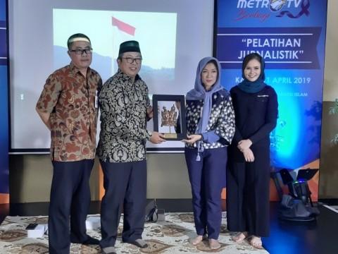 <i>Metro TV</i> Kenalkan Dunia Jurnalistik ke Siswa MA Manaratul Islam