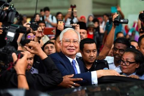 Mantan PM Malaysia Akan Dibekukan dari Parlemen