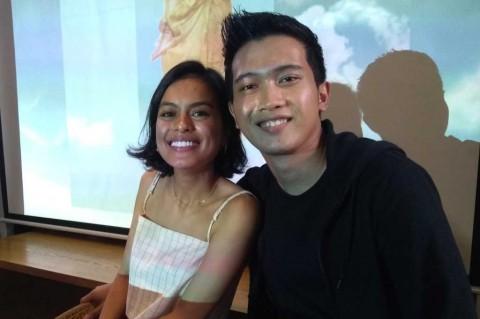 Eva Celia Rilis Singel Debut Bahasa Indonesia, Kala Senja