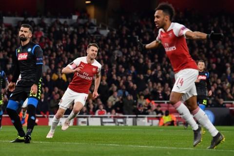 Arsenal Bungkam Napoli di Kandang