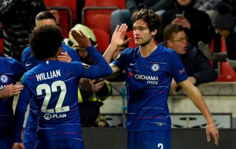 Alonso Bawa Chelsea Tundukkan Slavia Praha