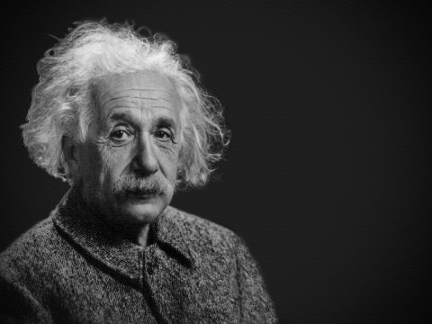 Foto Black Hole Buktikan Teori Relavititas Umum Einstein