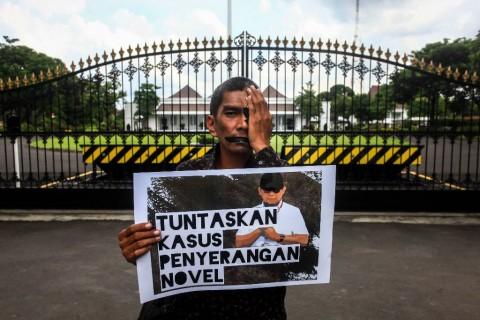 Jokowi Minta Publik Tanyakan Kasus Novel ke Tim Gabungan