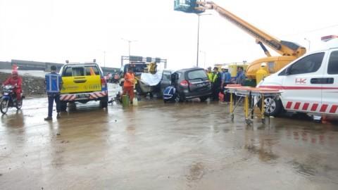 Satu Orang Tewas dalam Kecelakaan Beruntun di Tol BSD