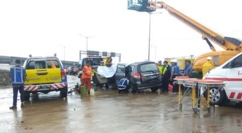 Polisi Ungkap Identitas Korban Tewas Kecelakaan Beruntun di Tol BSD
