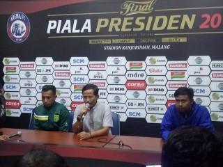 Pelatih Persebaya Nilai Arema Layak Juara