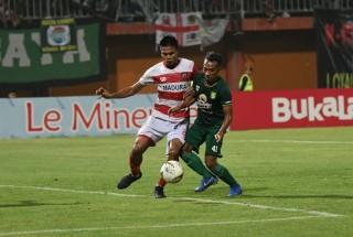Irfan Jaya tidak Menyangka Jadi Pemain Muda Terbaik