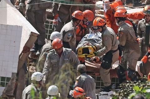 Dua Orang Tewas akibat Bangunan di Brasil Runtuh