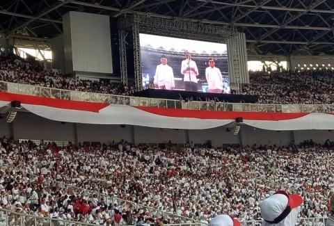 Salam Kebhinnekaan Jokowi di Konser Putih