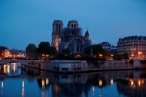 Sejarah Pembangunan Katedral Notre Dame