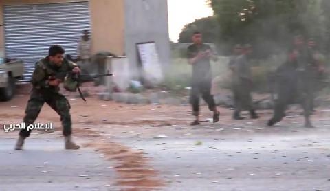 Roket Hantam Tripoli, Empat Orang Tewas