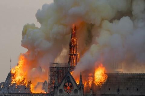 Sekitar Rp5 Triliun Dijanjikan untuk Restorasi Notre Dame