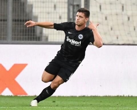 Luka Jovic Resmi Dipermanenkan Eintracht Frankfurt