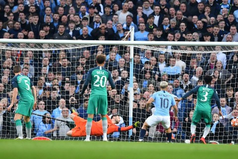 Manchester City Ungguli Tottenham Hotspur dalam Drama 5 Gol di Babak I