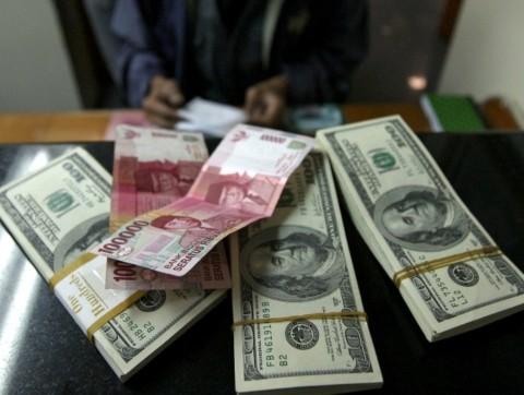 Usai Pilpres, Rupiah Pagi Redam Keperkasaan Dolar AS