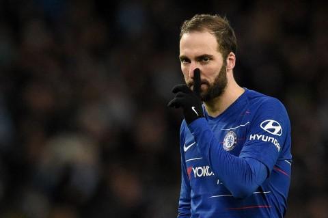 Kecil Kemungkinan Chelsea Pertahankan Gonzalo Higuain