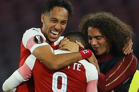 Arsenal ke Semifinal Liga Europa