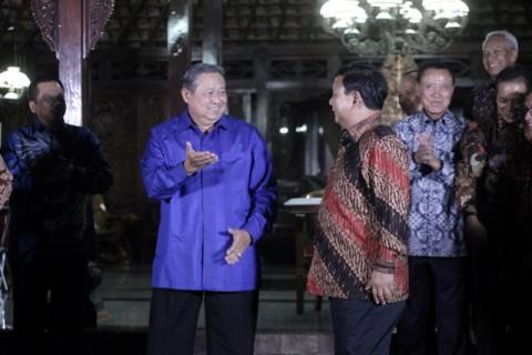 Beda Arah Prabowo dan SBY