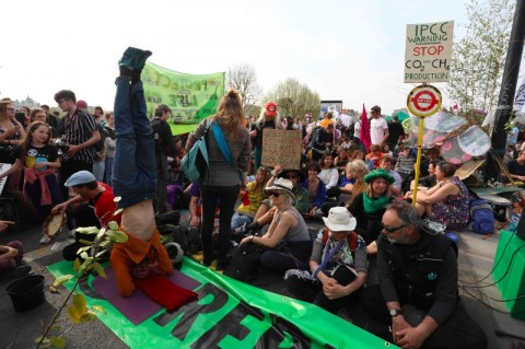 Aktivis Perubahan Iklim Targetkan Duduki Bandara Heathrow