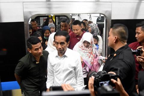 Momen Jokowi Kembali Jajal MRT