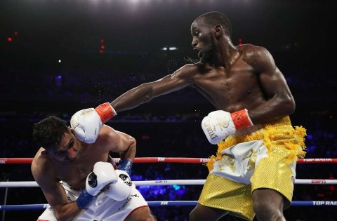 Crawford Sebut Amir Khan Kabur dari Pertarungan