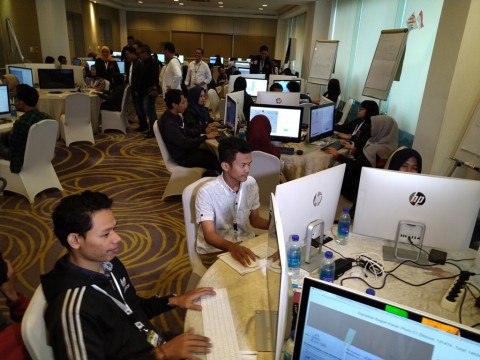 TKN Jokowi-Ma'ruf Pamer 'War Room' Rekapitulasi