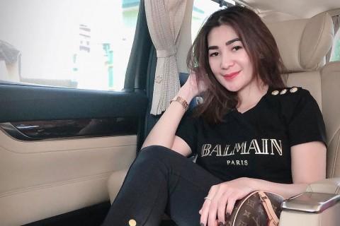 Dianggap Hina Prabowo, Instagram Istri Andre Taulany Diserbu
