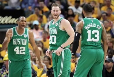 Hasil NBA Hari Ini: Celtics Lolos ke Semifinal, GSW & Blazer Perbesar Keunggulan