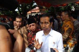Jokowi Minta Relawan Kembali Beraktivitas Biasa