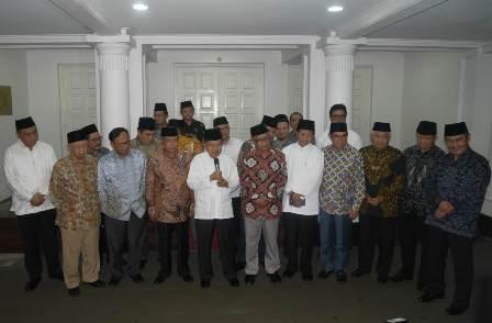 JK: Jokowi dan Prabowo Harus Segera Bertemu